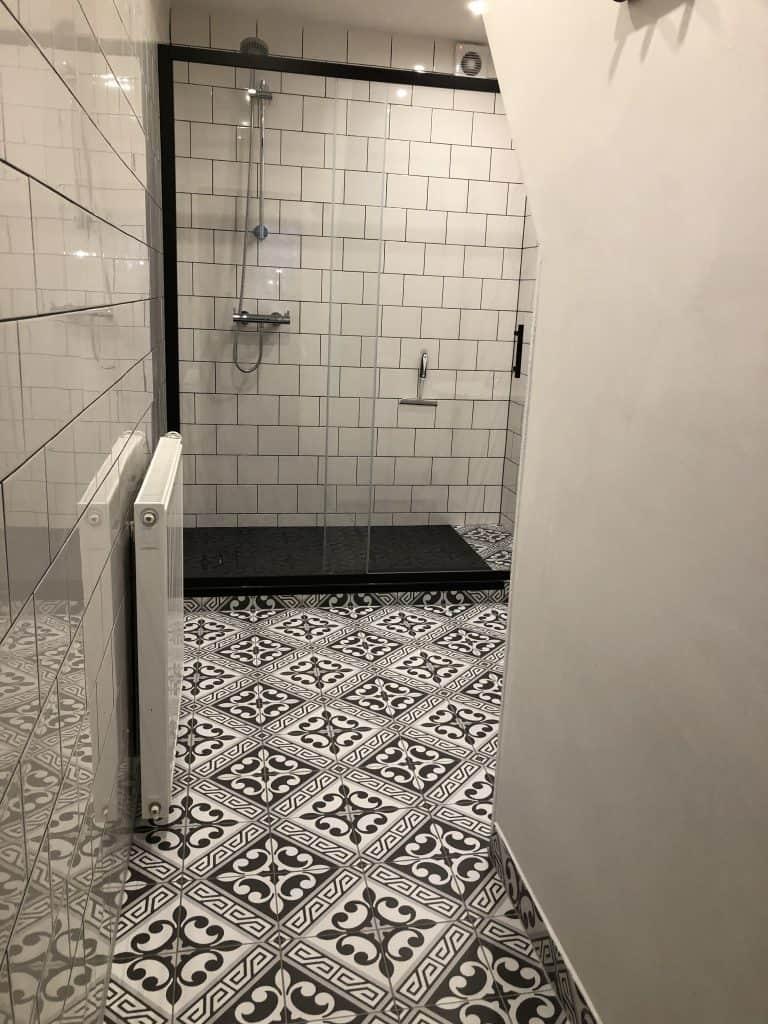 B&B KlaasVaak Zierikzee kamerinfo gedeelde badkamer