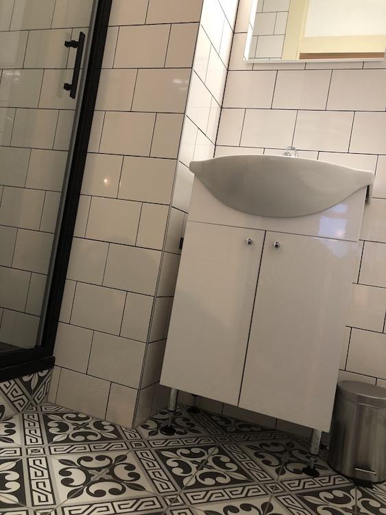 B&B KlaasVaak Zierikzee kamerinfo badkamer kamer #1
